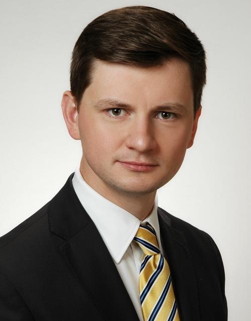 Adwokat Mateusz Chołodecki